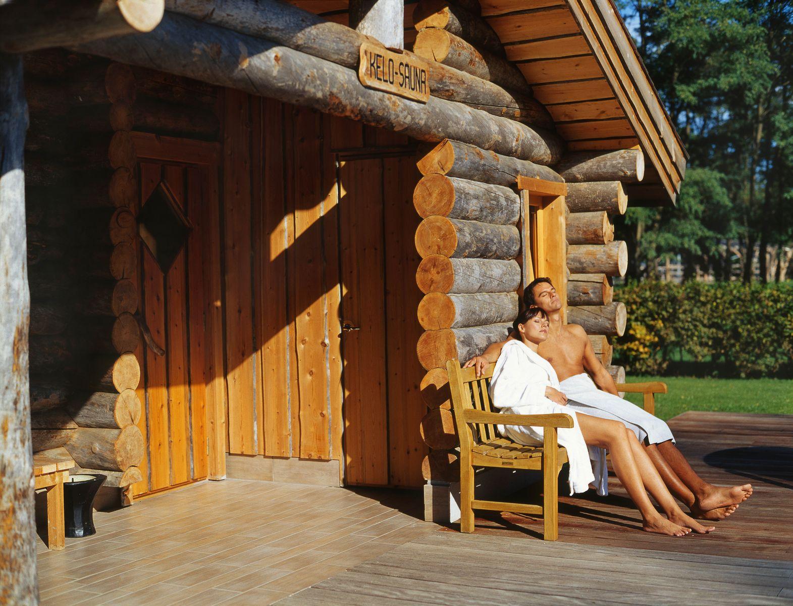 kelo sauna. Black Bedroom Furniture Sets. Home Design Ideas